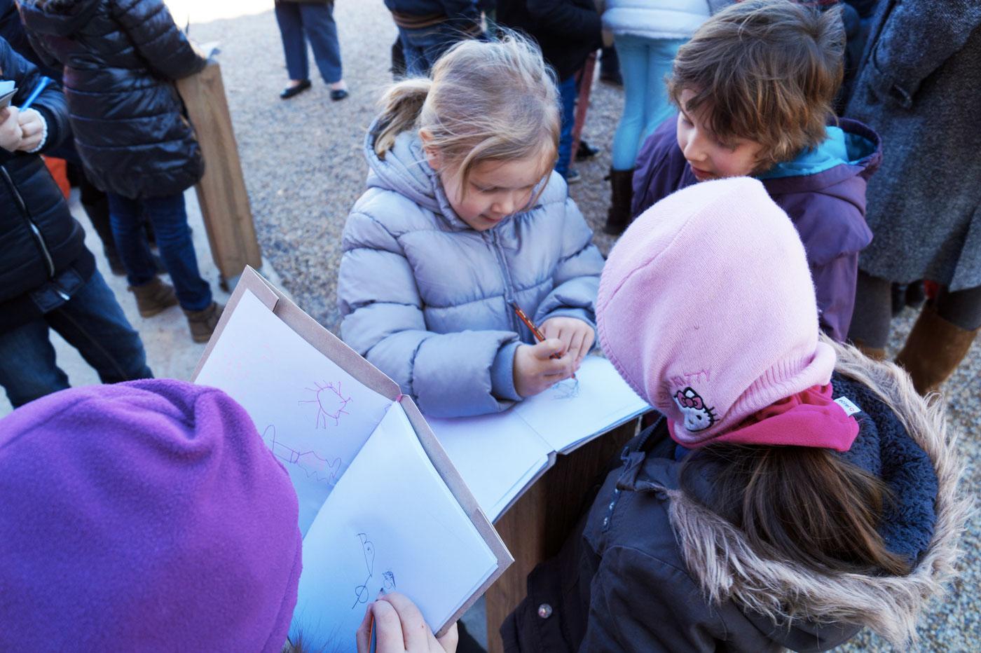 Les petits ambassadeurs dessinent